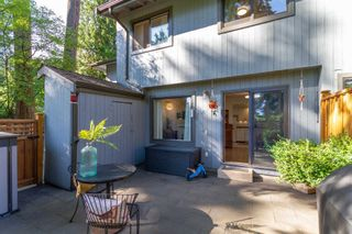 """Photo 9: 879 CUNNINGHAM Lane in Port Moody: North Shore Pt Moody Townhouse for sale in """"Woodside Village"""" : MLS®# R2604426"""