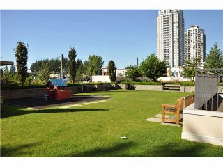 """Photo 11: 702 7225 ACORN Avenue in Burnaby: Highgate Condo for sale in """"AXIS"""" (Burnaby South)  : MLS®# V1087439"""