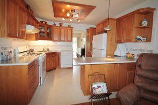 "Photo 5: 60 21848 50 Avenue in Langley: Murrayville Townhouse for sale in ""Cedar Crest Estates"" : MLS®# R2173433"