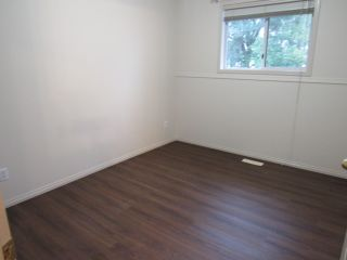 Photo 7: 109 Delage Crescent in St. Albert: House for rent