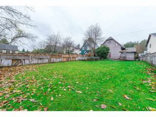 """Photo 2: 19960 68 Avenue in Langley: Willoughby Heights House for sale in """"Langley Meadows"""" : MLS®# R2225403"""