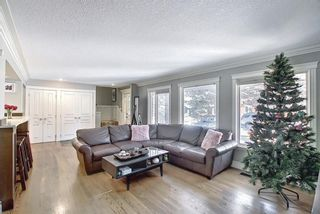 Photo 5: 8927 Baylor Crescent SW in Calgary: Bayview Detached for sale : MLS®# A1082509