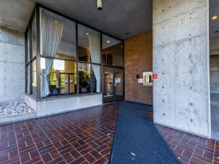 """Photo 5: 1701 3737 BARTLETT Court in Burnaby: Sullivan Heights Condo for sale in """"Timberlea- Tower A """"The Maple"""""""" (Burnaby North)  : MLS®# R2597134"""