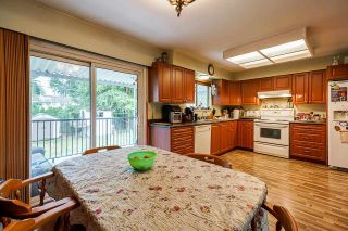 """Photo 8: 5874 123A Street in Surrey: Panorama Ridge House for sale in """"BOUNDARY PARK"""" : MLS®# R2591768"""