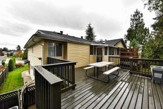 Photo 18: 1956 158A Street in Surrey: King George Corridor 1/2 Duplex for sale (South Surrey White Rock)  : MLS®# R2153049