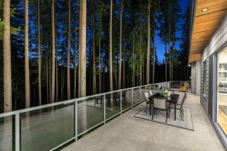 """Photo 34: 1510 CRYSTAL CREEK Drive in Port Moody: Anmore House for sale in """"CRYSTAL CREEK"""" : MLS®# R2498513"""