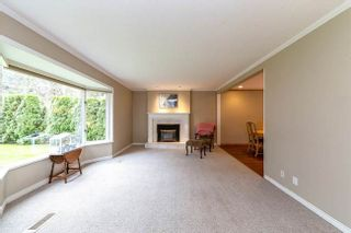 Photo 3: 3315 CHAUCER AVENUE in North Vancouver: Home for sale : MLS®# R2332583