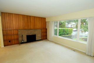 Photo 4: 2684 POPLYNN DRIVE in North Vancouver: Westlynn House for sale : MLS®# R2246384