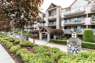 "Photo 1: 208 33478 ROBERTS Avenue in Abbotsford: Central Abbotsford Condo for sale in ""ASPEN CREEK"" : MLS®# R2407209"