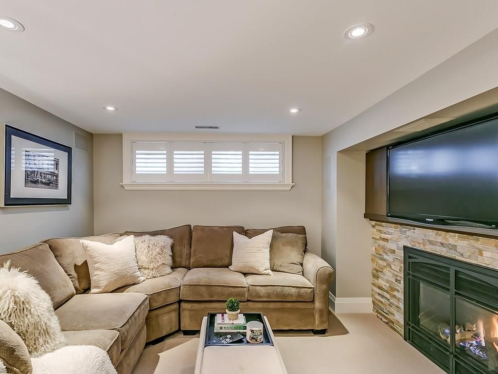 Photo 24: Photos: 569 WOODLAND Avenue in Burlington: Residential for sale : MLS®# H4047496