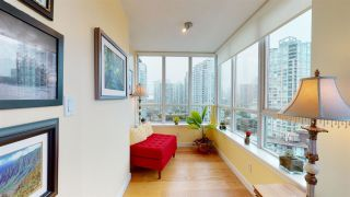 """Photo 15: 2202 63 KEEFER Place in Vancouver: Downtown VW Condo for sale in """"Europa"""" (Vancouver West)  : MLS®# R2532040"""