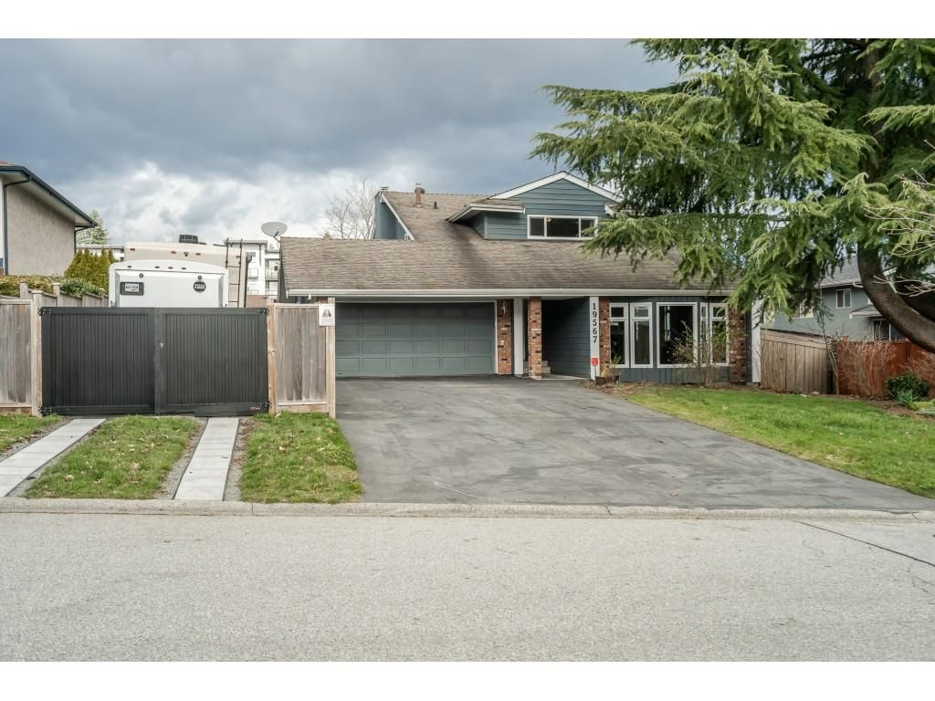 "Main Photo: 19567 63A Avenue in Surrey: Clayton House for sale in ""BAKERVIEW"" (Cloverdale)  : MLS®# R2541570"