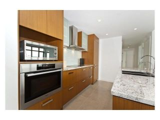 "Photo 3: 3101 1028 BARCLAY Street in Vancouver: West End VW Condo for sale in ""THE PATINA"" (Vancouver West)  : MLS®# V1031462"
