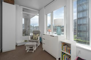 """Photo 10: 413 2055 YUKON Street in Vancouver: False Creek Condo for sale in """"THE MONTREUX"""" (Vancouver West)  : MLS®# R2371441"""