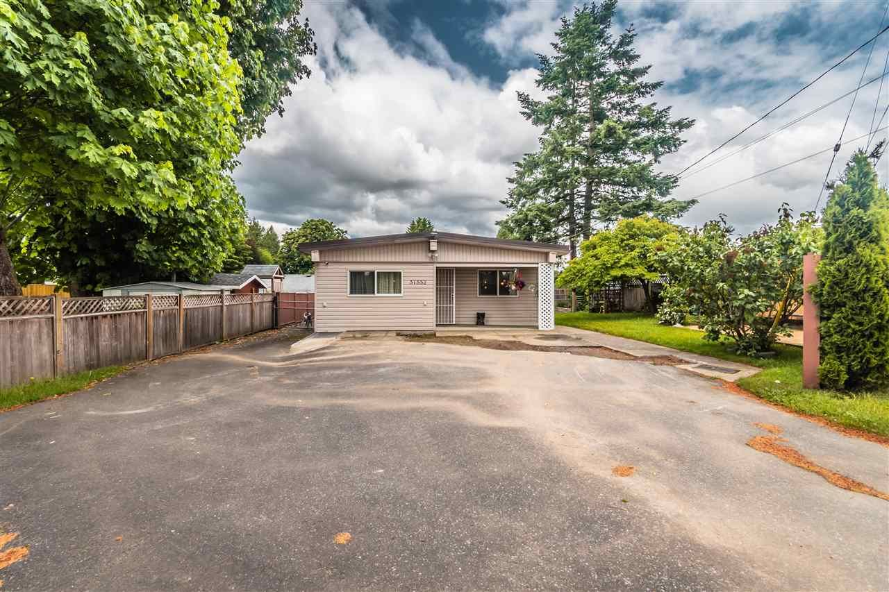 Main Photo: 31552 MONARCH Court in Abbotsford: Poplar House for sale : MLS®# R2588998