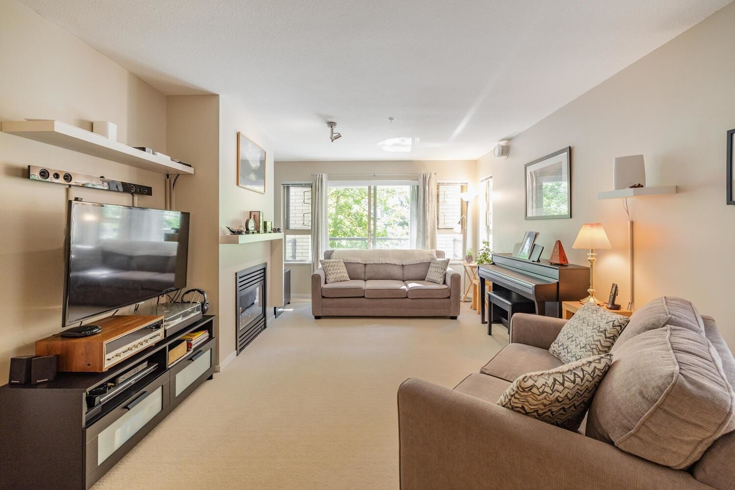 """Main Photo: 307 9319 UNIVERSITY Crescent in Burnaby: Simon Fraser Univer. Condo for sale in """"Harmony at the Highlands"""" (Burnaby North)  : MLS®# R2606312"""