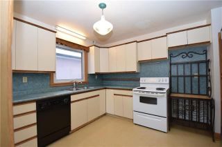 Photo 3: 831 Inkster Boulevard in Winnipeg: North End Residential for sale (4C)  : MLS®# 1831744