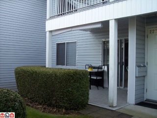 "Photo 1: 227 32691 GARIBALDI Drive in Abbotsford: Abbotsford West Townhouse for sale in ""CARRIAGE LANE PARK"" : MLS®# F1109957"