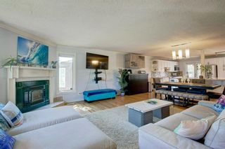 Photo 4: 21 Malibou Road SW in Calgary: Meadowlark Park Detached for sale : MLS®# A1121148