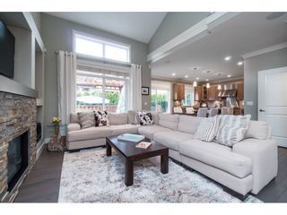"""Photo 6: 17282 1 Avenue in Surrey: Pacific Douglas House for sale in """"Summerfield"""" (South Surrey White Rock)  : MLS®# R2353615"""