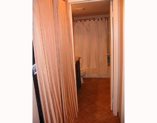 """Photo 9: 207 9847 MANCHESTER Drive in Burnaby: Cariboo Condo for sale in """"BARCLAY WOODS"""" (Burnaby North)  : MLS®# V726045"""