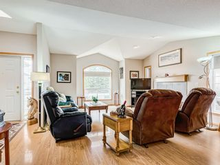 Photo 3: 106 Highwood Village Place NW: High River Detached for sale : MLS®# A1095860