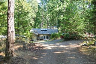 Photo 7: 9813 Spalding Rd in PENDER ISLAND: GI Pender Island House for sale (Gulf Islands)  : MLS®# 825595