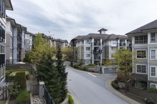"""Photo 16: 311 2951 SILVER SPRINGS Boulevard in Coquitlam: Westwood Plateau Condo for sale in """"TANTALUS BY POLYGON AT SILVER SP"""" : MLS®# R2166920"""