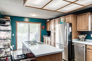 Photo 11: 51 Millrise Way SW in Calgary: Millrise Detached for sale : MLS®# A1126137