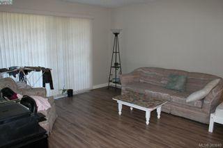 Photo 3: 119 900 Tolmie Ave in VICTORIA: SE Quadra Condo for sale (Saanich East)  : MLS®# 771380