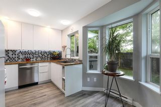 Photo 10: 4 2728 1st St in : CV Courtenay City Row/Townhouse for sale (Comox Valley)  : MLS®# 879923