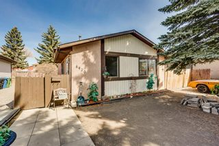 Main Photo: 6420 26 Avenue NE in Calgary: Pineridge Detached for sale : MLS®# A1105753