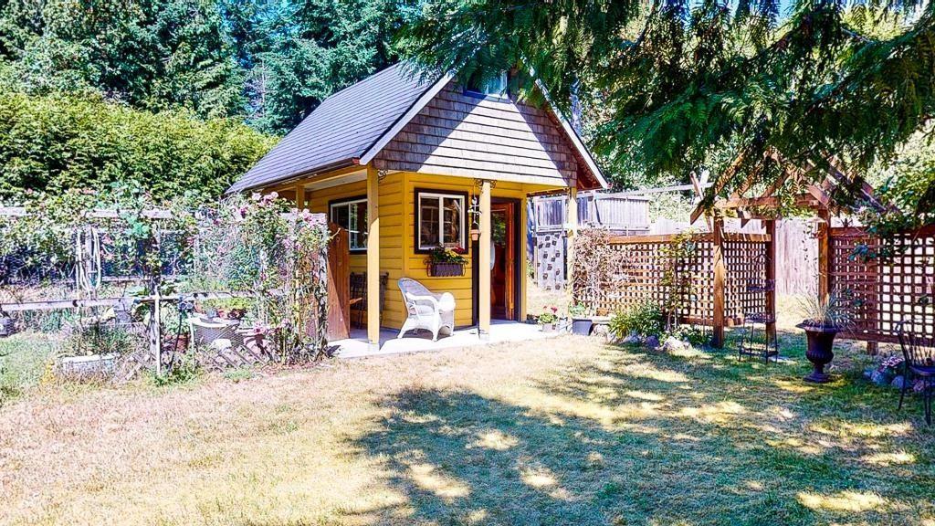 Photo 35: Photos: 5740 NICKERSON Road in Sechelt: Sechelt District House for sale (Sunshine Coast)  : MLS®# R2597486