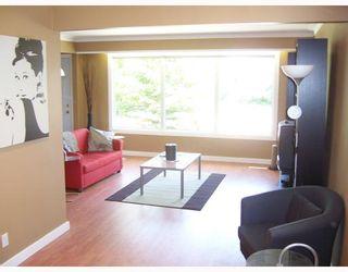 Photo 3: 32 MACAULAY Place in WINNIPEG: North Kildonan Residential for sale (North East Winnipeg)  : MLS®# 2810792
