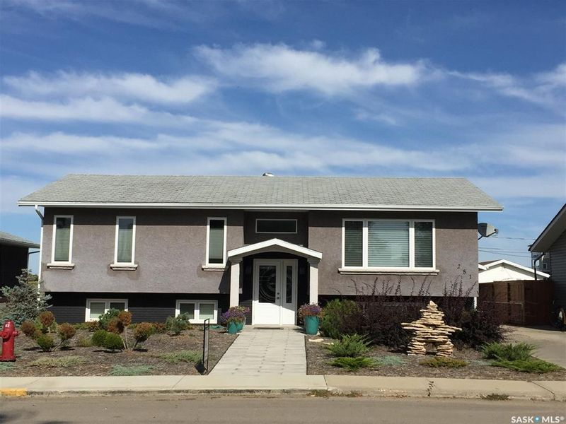 FEATURED LISTING: 281 7th Avenue West Unity