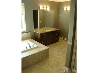 Photo 5: 2519 Martin Ridge in VICTORIA: La Florence Lake Residential for sale (Langford)  : MLS®# 324201