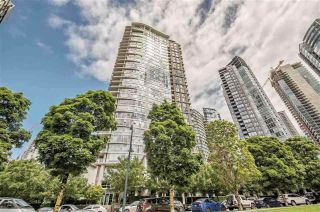 "Main Photo: 2103 583 BEACH Crescent in Vancouver: Yaletown Condo for sale in ""PARK WEST TWO"" (Vancouver West)  : MLS®# R2361220"