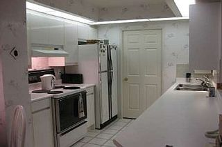 Photo 3: 10 GUILDWOOD PKWY in TORONTO: Condo for sale