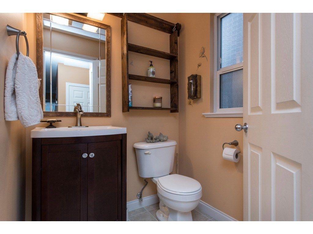 "Photo 34: Photos: 9 45306 BALMORAL Avenue in Sardis: Sardis West Vedder Rd House for sale in ""BALMORAL PARK ESTATES"" : MLS®# R2518450"
