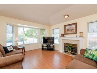 Photo 3: 15 7955 122 STREET in Surrey: West Newton Townhouse for sale : MLS®# R2372715
