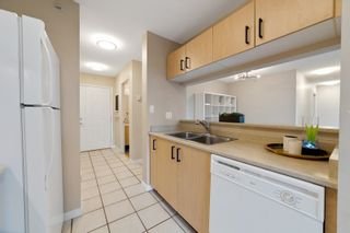 """Photo 6: 706 3520 CROWLEY Drive in Vancouver: Collingwood VE Condo for sale in """"Millenio"""" (Vancouver East)  : MLS®# R2617319"""