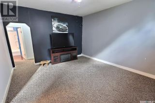 Photo 17: 655 4th ST E in Prince Albert: House for sale : MLS®# SK872073