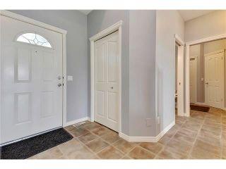 Photo 4: 19 HIDDEN CREEK Green NW in Calgary: Hidden Valley House for sale : MLS®# C4047943