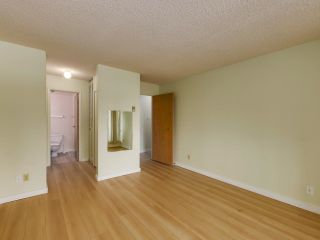 """Photo 14: 205 15272 19 Avenue in Surrey: King George Corridor Condo for sale in """"PARKVIEW PLACE"""" (South Surrey White Rock)  : MLS®# R2620365"""