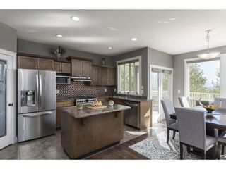 """Photo 6: 127 8590 SUNRISE Drive in Chilliwack: Chilliwack Mountain Townhouse for sale in """"Maple Hills"""" : MLS®# R2571129"""