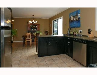 Photo 1: 1099 MALAVIEW Road in Gibsons: Gibsons & Area House for sale (Sunshine Coast)  : MLS®# V696259