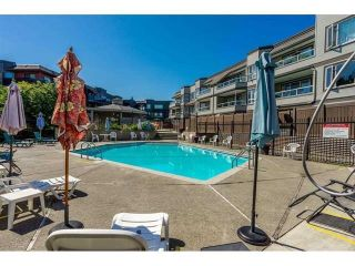 """Photo 2: 312 1840 E SOUTHMERE Crescent in Surrey: Sunnyside Park Surrey Condo for sale in """"Southmere Mews West"""" (South Surrey White Rock)  : MLS®# R2602062"""