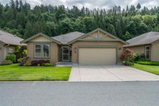 """Photo 2: 176 46000 THOMAS Road in Chilliwack: Vedder S Watson-Promontory Townhouse for sale in """"Halcyon Meadows"""" (Sardis)  : MLS®# R2460859"""