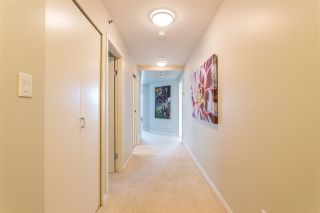 Photo 3: 302 1501 HOWE STREET in Vancouver: Yaletown Condo for sale (Vancouver West)  : MLS®# R2303942