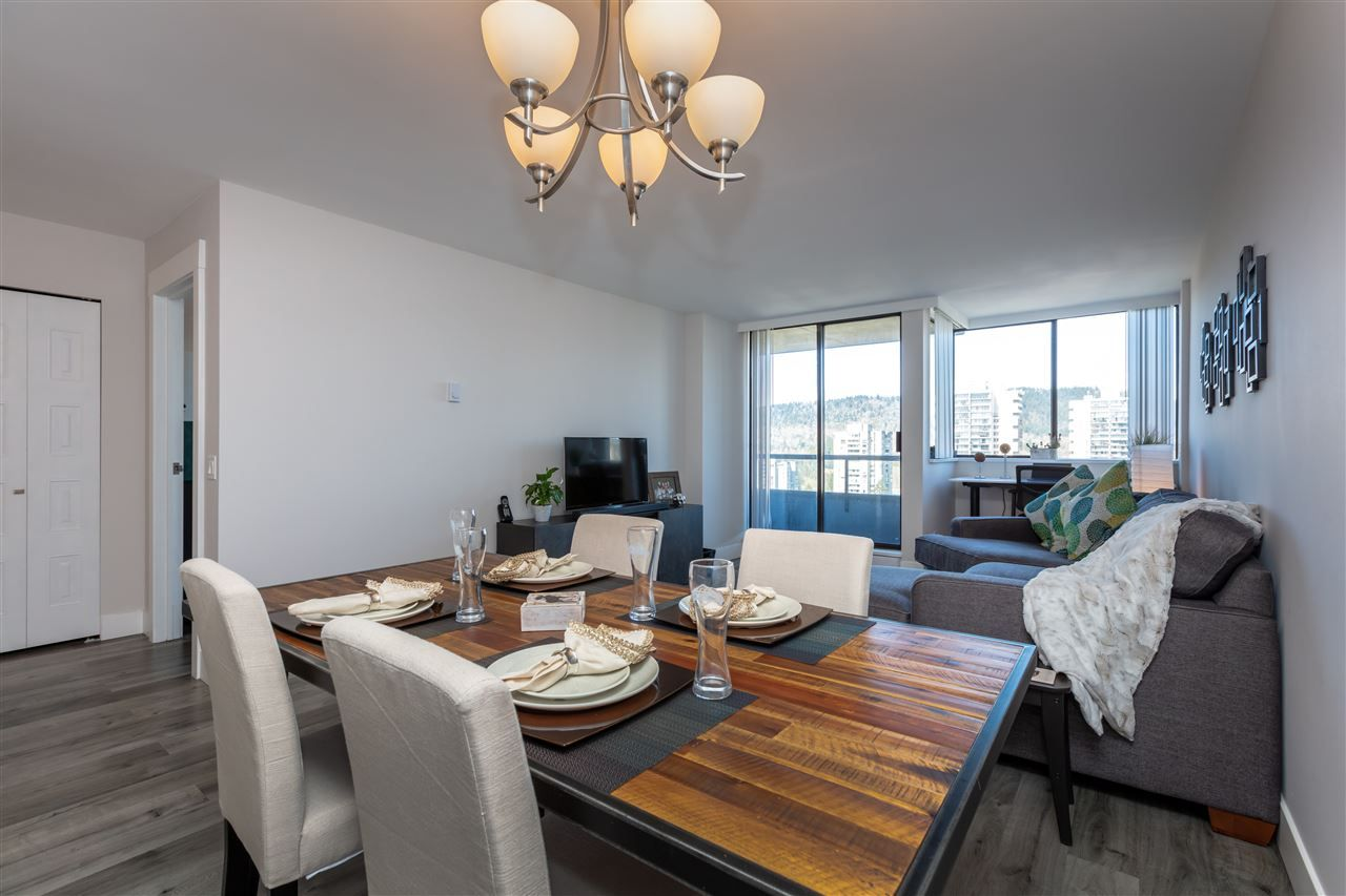 """Photo 7: Photos: 1804 3980 CARRIGAN Court in Burnaby: Government Road Condo for sale in """"Discovery Place"""" (Burnaby North)  : MLS®# R2465942"""
